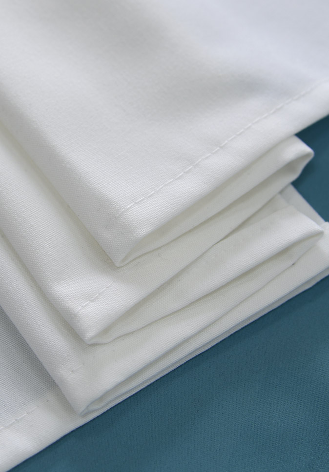 厂家直销 出口品质 纱线阻燃 现代简约工程窗帘 防紫外线隔音 牛津布窗帘面料